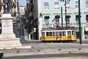 Read more about the article The 5 Must-See Attractions in Lisbon